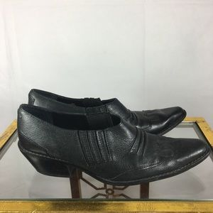 Vintage Leather Nine West Shoe Boot.!